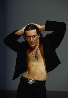 Antonio Banderas -- Zorro hottie!