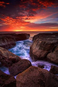 ~~Red Mystique | a red sunrise seascape, Sydney, NSW, Australia by Noval Nugraha~~
