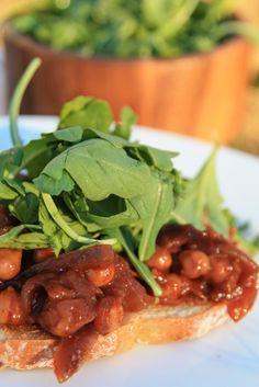 Open faced sandwich with spicy BBQ chickpeas and onions - vegan recipe