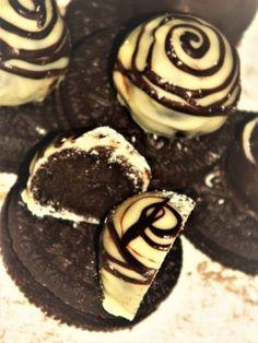 Cheesecake, Cookies, Chocolate, Desserts, Food, Crack Crackers, Tailgate Desserts, Deserts, Cheesecakes