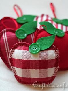 Fabric Apples Adorable Free Sewing Pattern and Tutorial