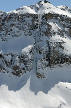 Colorado Couloir Season: commit to a cleft. SkiingMag.com