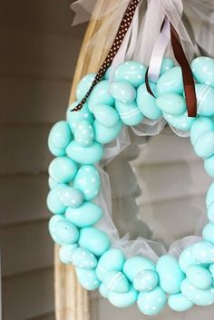 Easter Robin Egg Wreath Tutorial by Grits and Giggles