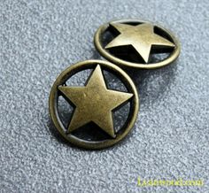 Metal Buttons - Ring Star Metal Buttons , Antique Brass Color , Openwork , Shank , inch - amazing world of handmade gifts Star Buttons, Shank Button, Vintage Buttons, Brass Color, Aesthetic Fashion, Black Enamel, Vintage Signs, Antique Brass, Rings For Men