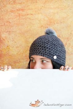 Crochet Beanie Tutorial - Having a bad hair day or month, cover up with this simple beanie......  free pattern from lebenslustiger.com