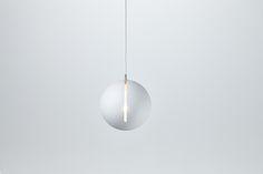 Nyta »Tilt Globe« white