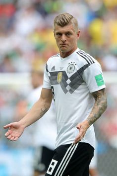 Toni Kroos of Germany during the 2018 FIFA World Cup Russia group F match between Germany and Mexico at Luzhniki Stadium on June 17 2018 in Moscow. Football Awards, Fifa Football, Toni Kroos, Girona Fc, Real Madrid Training, Brazil People, V Club, Fifa 2014 World Cup, Mario Gomez
