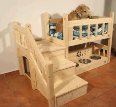 Casitas de perro con escaleras y cama