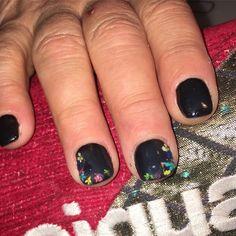 """Mi piace"": 0, commenti: 1 - Debora (@stabilmente_instabile) su Instagram: ""#nail #nails #nailart #gel #gelnails #gelnailart #gelmanicure #black #blacknails #flowers…"""