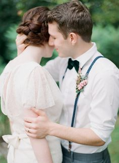 Love the delicate sleeves on this Belle & Bunty wedding dress.  Photography by Michelle Boyd http://www.michelleboydphotography.com/