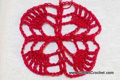 This is an easy pineapple crochet motif that I used in my Elegant Bolero.