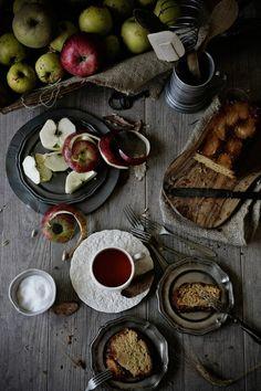 Pratos e Travessas | Bolo de maça caramelizada e calvados # Caramelized apple and calvados cake