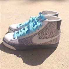 Nike Shoes - Nike Blazer Size 9