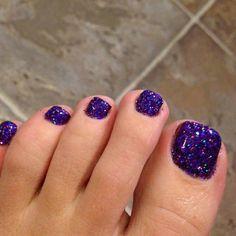 New Spring Pedicure Colors Toenails Colour Ideas Glitter Pedicure, Glitter Toe Nails, Purple Toe Nails, Gel Toe Nails, Pedicure Nail Designs, Pretty Toe Nails, Gel Toes, Pedicure Colors, Toe Nail Color