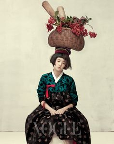Vogue Korea does it again.Two of my personal all time favorite fashion shoots ( here and here ) were found in Vogue Korea's illustrious p. Fashion Shoot, Look Fashion, Fashion Art, Editorial Fashion, Vogue Korea, Korean Traditional Dress, Traditional Dresses, Oriental Fashion, Asian Fashion