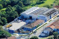 A CAM System, distribuidora autorizada das empilhadeiras Hyundai para o interior de São Paulo, ampliou sua estrutura e oferece, além da distribuição dos equipamentos, locação, suporte ao produto com a assistência técnica e peças de reposição. Com uma área atual de 2.800 m² na cidade de Valinhos (SP), a empresa proporciona a manutenção preventiva e corretiva para equipamentos, inclusive terceirizando o processo, para que a gestão logística não seja interrompida.