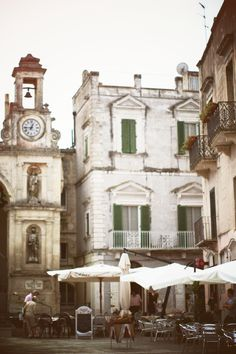 Matera-From Making Magique Castel Del Monte, Places In Italy, Throughout The World, Beautiful Architecture, Small World, Facades, Places To Visit, Wanderlust, Paris