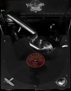 Photography, PhotoArt Gramophone Espresso Machine, Coffee Maker, Kitchen Appliances, Photography, Record Player Table, Guitar, Round Round, Musik, Espresso Coffee Machine
