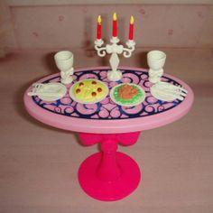 barbie table