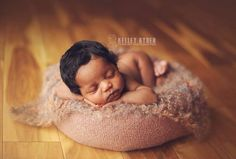 22 Touching Images of Beautiful Black Newborns - Baby Photos Newborn Black Babies, Cute Black Babies, Black Baby Girls, Beautiful Black Babies, Baby Girl Newborn, Cute Babies, Baby Baby, Brown Babies, Baby Girl Pictures
