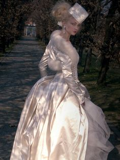 Winter gown.  Atelier Aimee Montenapoleone.