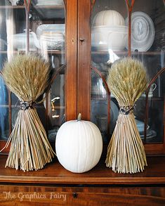 Fall Decor, shocks of wheat