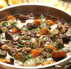 Burgundi marhatokány - Stahl.hu Paella, Cooking Recipes, Cook Books, Ethnic Recipes, Foods, Drinks, France, Steel, Food Food