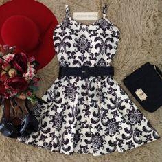 Vestido Alcinha Rodado  No neoprene C/ BOJO( Estampa Arabescos REAL)