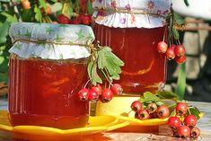 Reteta culinara Dulceata de paducel (gherghine) din categoria Conserve si muraturi. Cum sa faci Dulceata de paducel (gherghine) Alcoholic Drinks, Wine, Glass, Alcoholic Beverages, Drinkware, Liquor, Glas, Mirrors