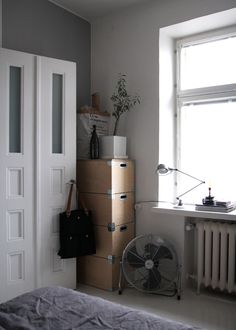 RAW Design blog: HERE LIVES SAARA | BEDROOM