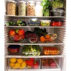 Don't mess with this fridge. There is some serious food organisation going on here! #mealprep #letsmingle