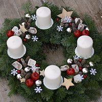 Hledání zboží: svíčka koule / Zboží | Fler.cz Christmas Wreaths, Xmas, Holiday Decor, Diy, Candle Arrangements, Christmas Decor, Christmas, Bricolage, Navidad