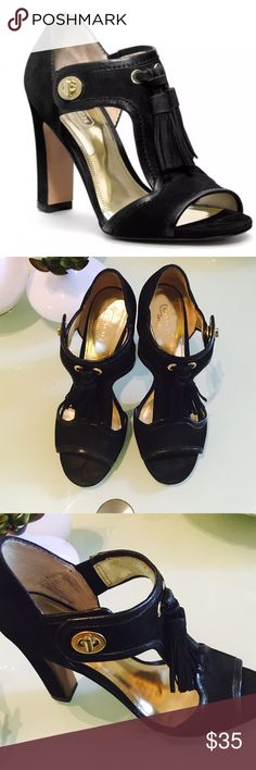 "❤️❤️Coach Tristen Black Heels❤️❤️ Beautiful COACH Suede black heel check pics for condition Leather  Turnlock closure  Leather sole  4"" heel Coach Shoes Heels"