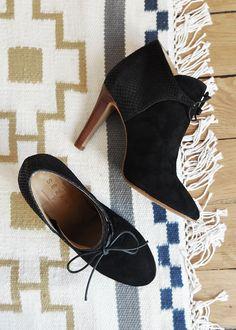 SEZANE / Morgane Sezalory - Hunter boots - #sezane http://www.sezane.com/ #frenchbrand #boots #heels