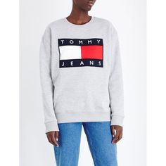 TOMMY HILFIGER Brand logo jersey sweatshirt ($110) ❤ liked on Polyvore featuring tops, hoodies, sweatshirts, long sleeve sweatshirt, long sleeve jersey top, tommy hilfiger, long sleeve jersey and tommy hilfiger sweatshirt