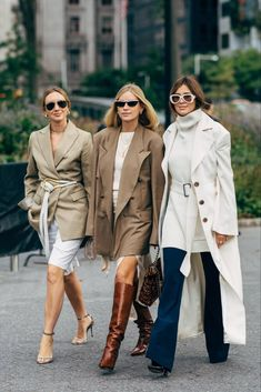 New York Fashion Week Delivered All the Street Style Youve Been Printemps Street Style, New York Fashion Week Street Style, Spring Street Style, Street Chic, Paris Street, Looks Street Style, Looks Style, My Style, Prep Style