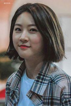 Asian Celebrities, Celebs, Korean Girl, Asian Girl, Hi School Love On, Cute Selfie Ideas, Movie List, Korean Actresses, Yg Entertainment