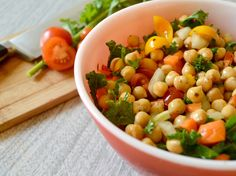 A delicious and nutritious chickpea salad with kale.
