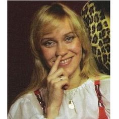 'Agnetha's most dazzling smile' thread.and about time, too! Abba Sos, First Crush, The Most Beautiful Girl, Debut Album, Pop Music, Pop Group, Cool Bands, Music Artists, Pretty Woman