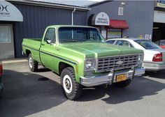 76 K20 22,000 original Miles Gmc Pickup, Square Body, Gm Trucks, Chevrolet Trucks, Really Cool Stuff, Monster Trucks, Vehicles, Green, David