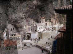 The Sumela Monastery is one of the oldest and most historic monasteries in the Christian world. There are no exact records about when it was built or by who, but it is estimated that it Trabzon Turkey, Christian World, Alpine Meadow, Church History, Kirchen, Mosque, Mount Rushmore, Greece, Mountains