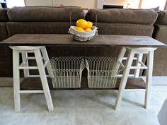 Adorable DIY Sofa Table on Debbiedoo's! #Lumberprojects #Heartwood