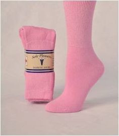 Comfortable Womens Long Diabetic Socks...  I wonder if my mom could wear these? http://www.windowshoppingsite.info/comfortable-womens-long-diabetic-socks/ -