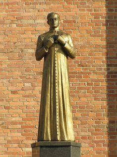Statue of Jerzy Popiełuszko in Sieradz - Jerzy Popiełuszko - Wikimedia Commons Greek, Statue, Aga, Wikimedia Commons, Blessed, Faith, Poland, Loyalty, Greece
