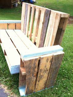 DIY Chic Pallet Chair Instrucions   Pallet Furniture Plans