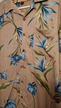 a04b5a781cbf1 Vintage Tommy Bahama silk men s large sized short sleeve button down  tropical shirt