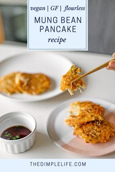 This is an authentic, traditional Korean mung bean pancake recipe from my mom's kitchen to yours. This recipe uses no flour and is high in nutritional value Gluten Free Recipes Side Dishes, Tasty Dishes, Whole Food Recipes, Vegan Recipes, Korean Recipes, Mung Bean Pancake Recipe, Healthy Cooking, Healthy Eating, Healthy Food