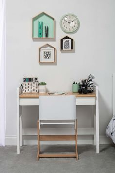 Our Tidy Desk was created to suit all tastes and ages with its simple yet stylish design. It's a great space-saver, fitting perfectly under our Milano King Single Loft Bed.