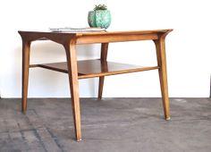Mid Century Drexel Table - Danish Modern Drexel Profile Coffee Corner Table by John Van Koert on Etsy, 267,66€