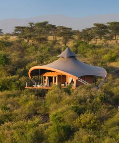 Luxury tented camps Finch Hattons and Mahali Mzuri are offering a whirlwind safari experience in Kenya—see photos and get the details.